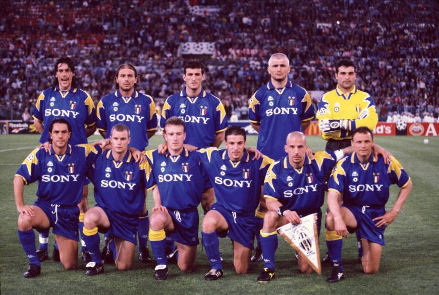 Juventus 95-96 (Wikipedia).jpg
