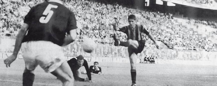 1963_Coppa_Italia_Final_-_Atalanta_BC_v_AC_Torino_-_Domenghini's_goal